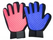 Перчатка для вычесывания шерсти правая рука.